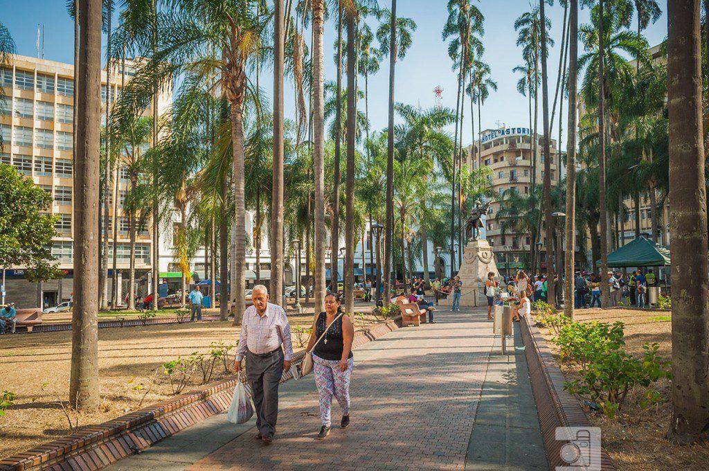 plaza-de-caycedo
